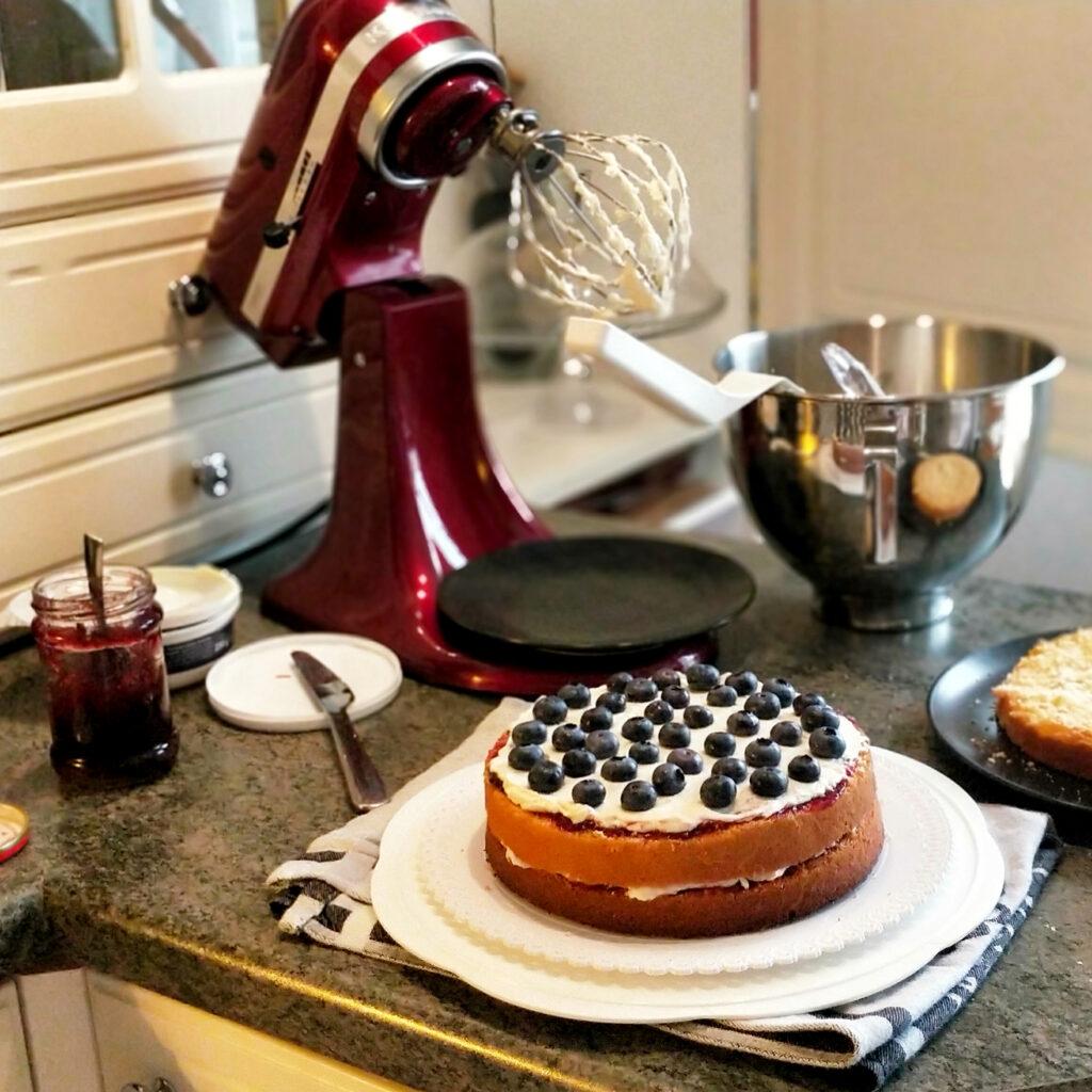 Příprava borůvkového dortu